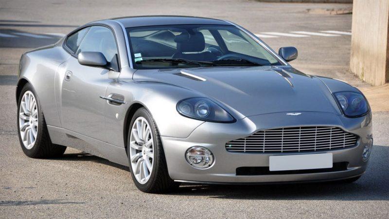Nico's Klassieker: Aston Martin Vanquish (2002)