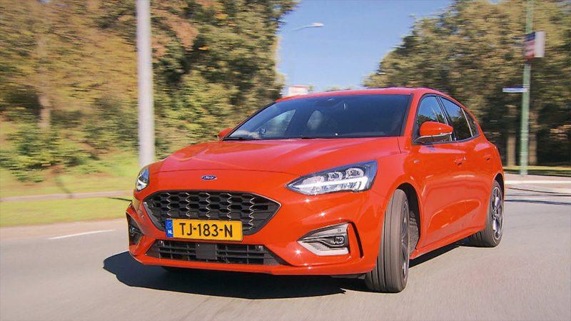 Zondag in Autowereld, de sportieve Ford Focus ST-Line, de Mazda MaX5 Cup en twéé Morgans