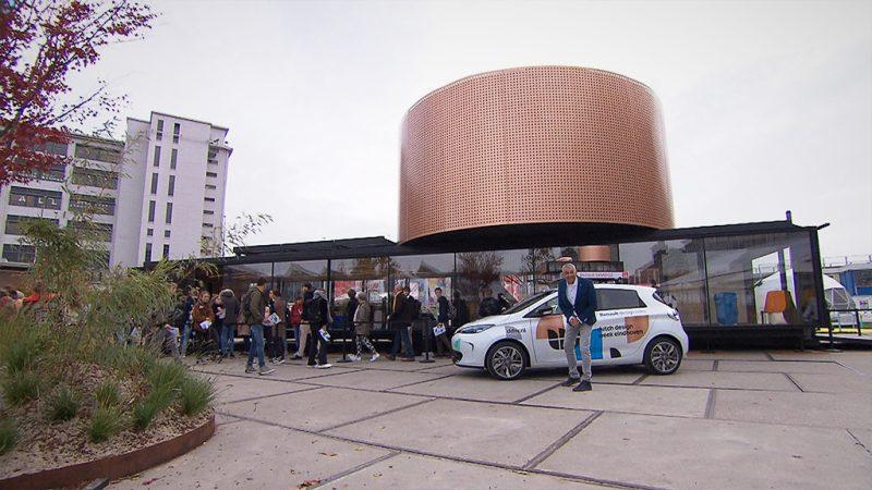Deze week in Autowereld: de vernieuwde Mazda 6 Sportbreak, een bijzondere design-Renault en de Daimler Dart SP250