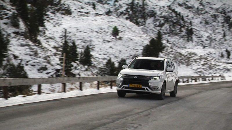 Deze week in Autowereld zoeken we de sneeuw op!