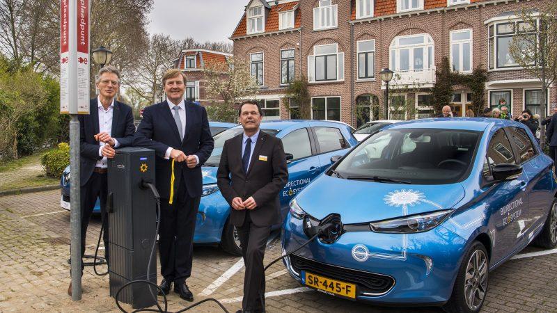 Wereldprimeur: Groupe Renault start op grote schaal test met bidirectioneel laden van elektrische voertuigen
