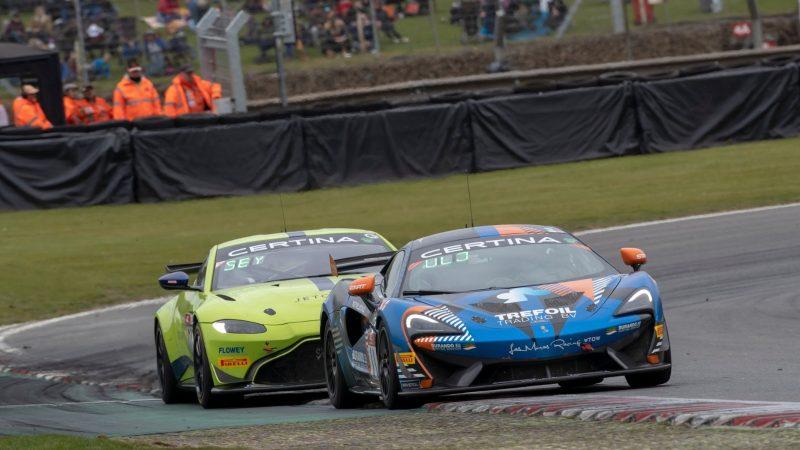 Liesette Braams en de McLaren 570S GT4