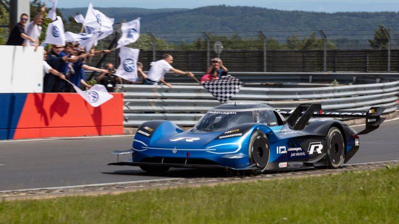 Volkswagen ID.R klokt nieuw ronderecord op Nürburgring