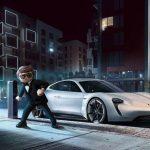 Rex Dasher rijdt de Porsche Mission E in PLAYMOBIL: THE MOVIE