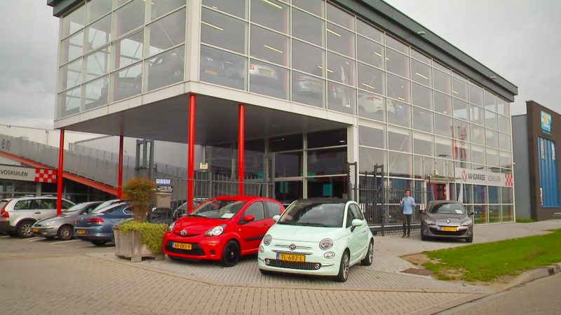 Een nieuwe auto private leasen of financieren?
