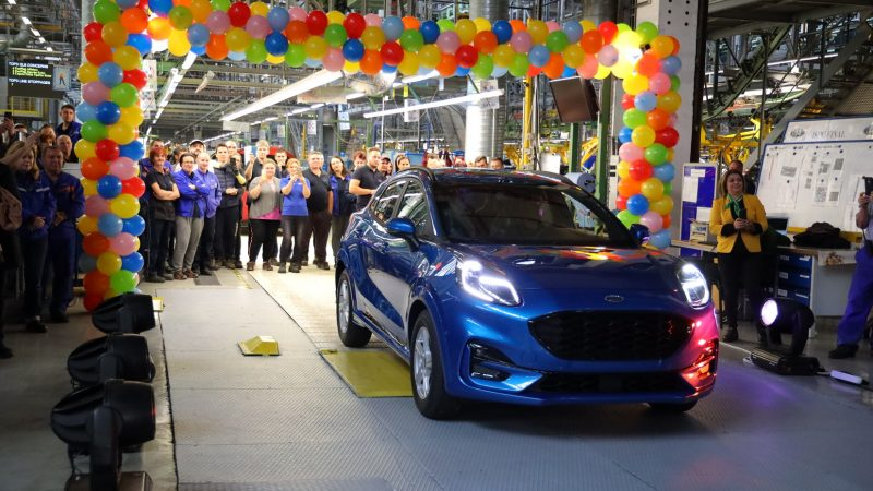Ford start productie van crossover Puma