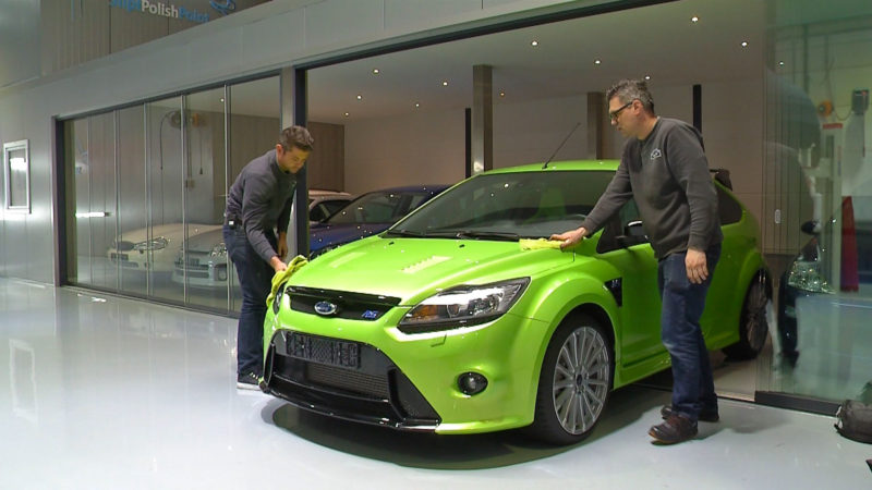 Stipt Polish Point: met fabrieksnieuwe Ford Focus RS de weg op