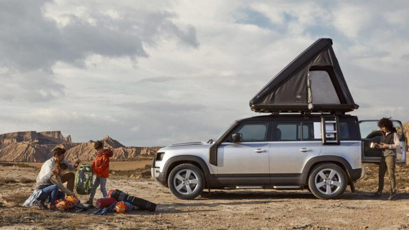 Ruig vakantie vieren met een daktent op je nieuwe Land Rover Defender