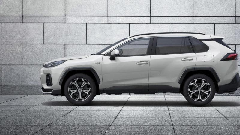 Suzuki introduceert nieuw topmodel: Suzuki Across